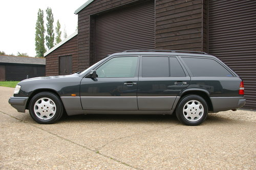 1993 Mercedes-Benz W124 E320 Estate Automatic (6,0021 miles) SOLD (picture 1 of 6)