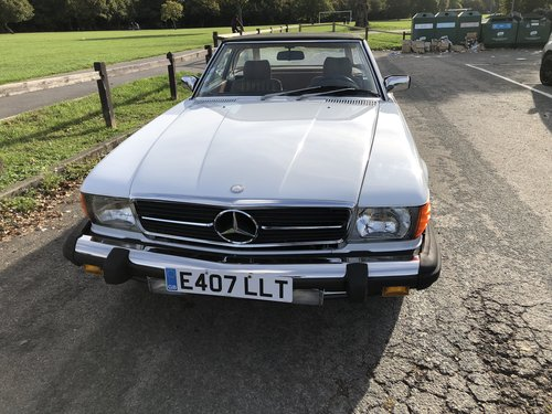 1988 Stunning Mercedes 560sl only 61,000 miles For Sale (picture 2 of 6)