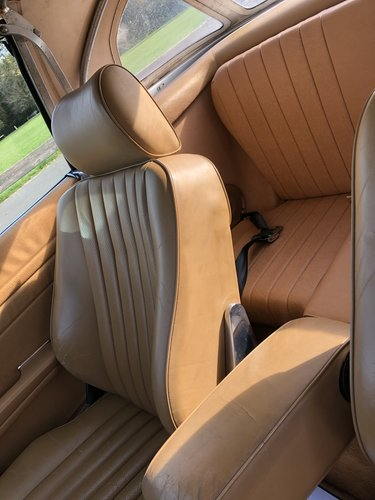 1988 Stunning Mercedes 560sl only 61,000 miles For Sale (picture 6 of 6)