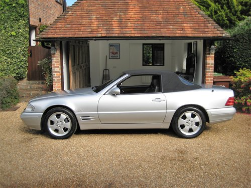 1999 Mercedes Benz SL320 R129 Facelift With Just 19,000 From New For Sale (picture 6 of 6)