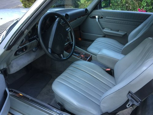 Mercedes 560SL 1986 one owner 84000mls For Sale (picture 4 of 6)