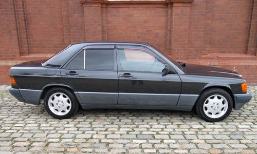 1993 MERCEDES-BENZ 190E 2.6 AUTOMATIC * MODERN CLASSIC For Sale (picture 2 of 6)