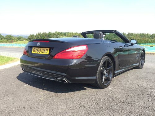 2013 Mercedes SL 350 2dr Convertible 3.5 V6 ONLY 28400 MILES For Sale (picture 6 of 6)