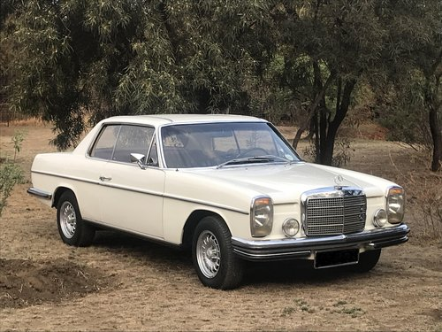 1969 Mercedes Benz 250CE 5-speed manual For Sale (picture 1 of 6)