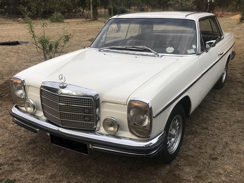 1969 Mercedes Benz 250CE 5-speed manual For Sale (picture 2 of 6)