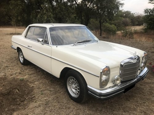 1969 Mercedes Benz 250CE 5-speed manual For Sale (picture 3 of 6)