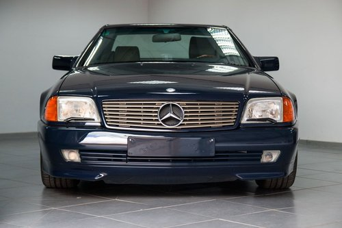 1993 Elegant 300 SL-24 R129 in top condition For Sale (picture 1 of 6)