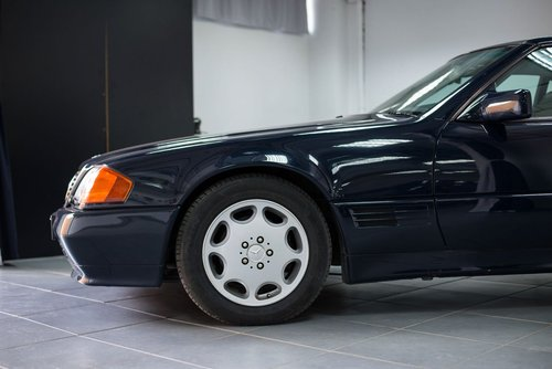 1993 Elegant 300 SL-24 R129 in top condition For Sale (picture 6 of 6)