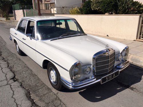 CLASSIC MERCEDES 280se 1972 For Sale (picture 1 of 6)