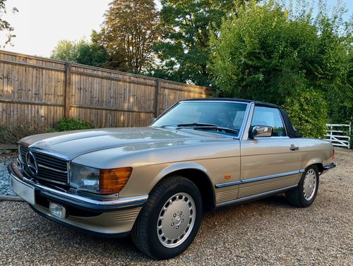 1988/F - Mercedes 300SL R107. **SOLD** 420SL 500SL. For Sale (picture 1 of 6)
