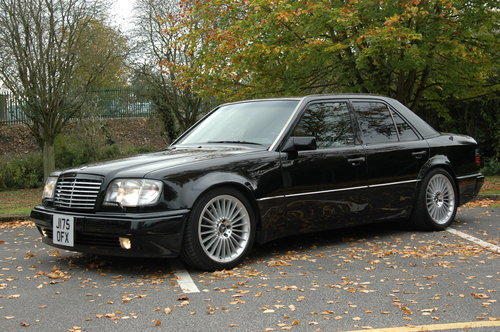 Mercedes E500 500E - 1992 - 75000miles - 3 Owners For Sale (picture 1 of 6)