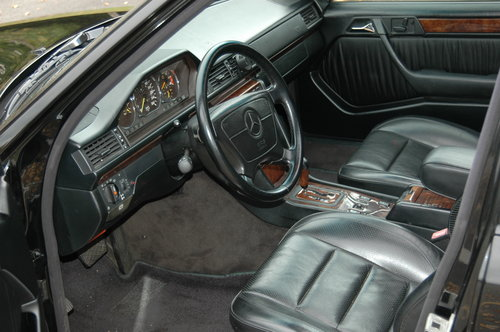 Mercedes E500 500E - 1992 - 75000miles - 3 Owners For Sale (picture 4 of 6)