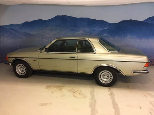 1980 Mercedes-Benz 280 CE Coupe SOLD (picture 2 of 6)