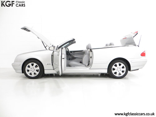 2002 A Luxurious Mercedes-Benz CLK320 Avantgarde (A208) SOLD (picture 3 of 6)