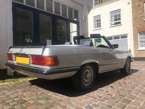 1984 Mercedes Benz 500SL - Fully restored condition SOLD (picture 3 of 6)