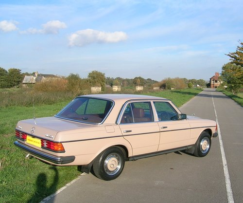 1983 Mercedes 240D Diesel  For Sale (picture 4 of 6)