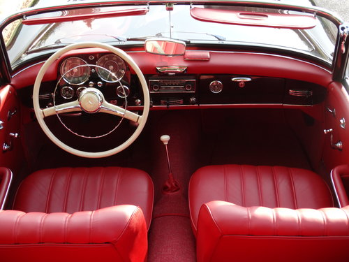 1961 Mercedes-Benz 190SL Coupe with Soft Top, Concours cond. For Sale (picture 4 of 6)