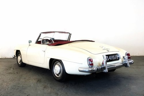 1956 Mercedes-Benz 190SL. Stunning restored condition. For Sale (picture 2 of 6)