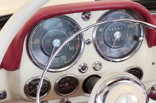 1956 Mercedes-Benz 190SL. Stunning restored condition. For Sale (picture 5 of 6)