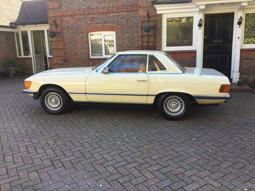 1982 Mercedes Benz 280SL For Sale (picture 1 of 6)