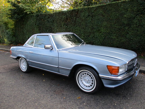 MERCEDES 350 SL AUTO 1977 STUNNING LOW MILEAGE H & S TOPS For Sale (picture 1 of 10)