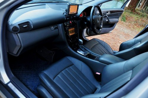 2002 Mercedes-Benz C32 AMG for sale 58,374 miles from new SOLD (picture 5 of 6)