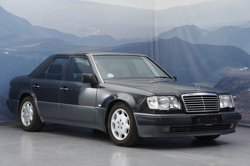1993 Mercedes E 500 5,0 Aut  For Sale (picture 1 of 6)