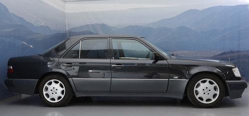 1993 Mercedes E 500 5,0 Aut  For Sale (picture 2 of 6)