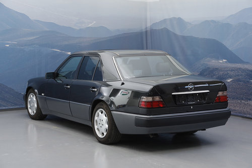 1993 Mercedes E 500 5,0 Aut  For Sale (picture 3 of 6)