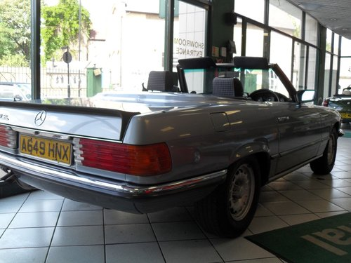 1983 Mercedes Benz 500SL For Sale (picture 2 of 5)