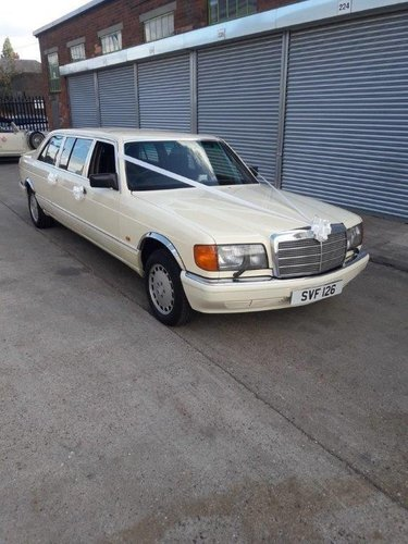 MERCEDES BENZ LIMO 500 SEL STRETCHED For Sale (picture 1 of 1)
