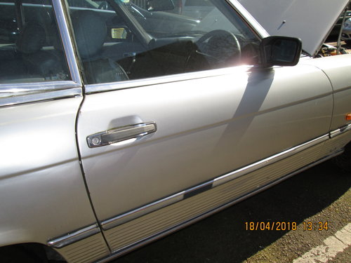 1988 Restoration project required on this Classic SL SOLD (picture 2 of 6)