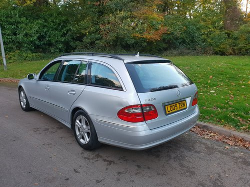 2009 Mercedes E220 CDi Avantgarde. Estate. Bargain To Clear. SOLD (picture 6 of 6)