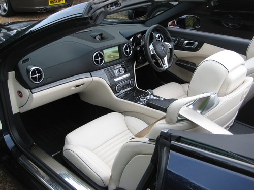 2014 Mercedes Benz SL350 AMG Sport Panoramic In Cavansite Blue For Sale (picture 3 of 6)
