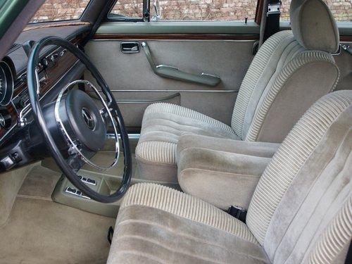 1972 Mercedes Benz 300SEL 3.5 original colour scheme, low mileage For Sale (picture 3 of 6)