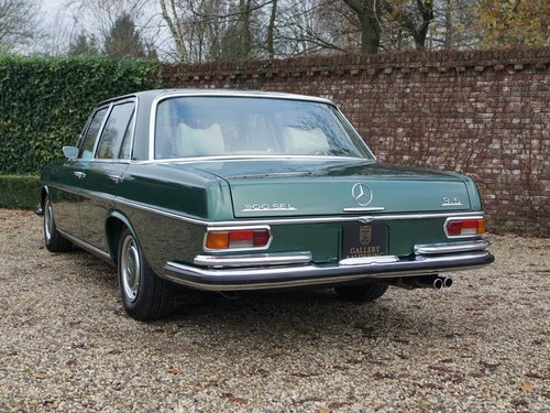 1972 Mercedes Benz 300SEL 3.5 original colour scheme, low mileage For Sale (picture 6 of 6)