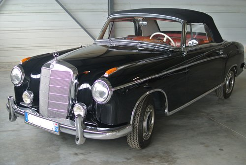 1959 Mercedes 220S Cabriolet - 90K€ of invoices For Sale (picture 1 of 6)