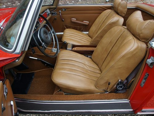 1970 Mercedes Benz 280SL Pagode airconditioning For Sale (picture 3 of 6)