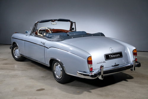 1960 Mercedes-Benz 220 SE Ponton Convertible For Sale (picture 2 of 6)