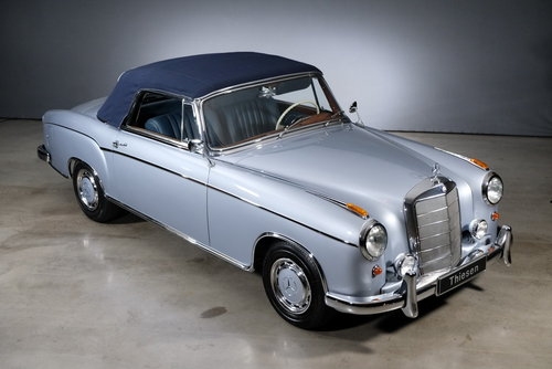 1960 Mercedes-Benz 220 SE Ponton Convertible For Sale (picture 4 of 6)