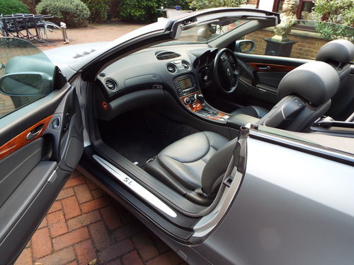 Mercedes Benz SL class 3.7 Sl350 2006 new For Sale (picture 5 of 6)