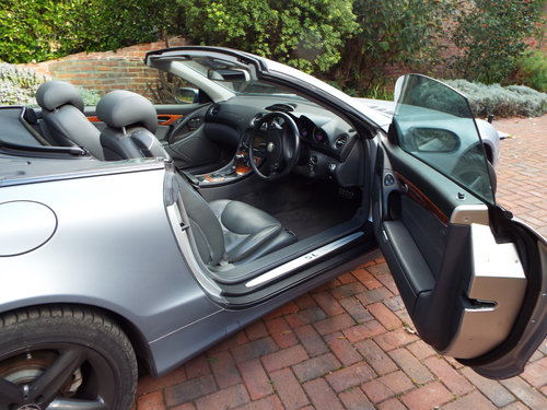 Mercedes Benz SL class 3.7 Sl350 2006 new For Sale (picture 6 of 6)