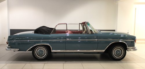 1964 Mercedes Benz 300 SE Convertible For Sale (picture 1 of 6)
