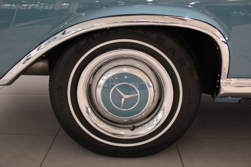 1964 Mercedes Benz 300 SE Convertible For Sale (picture 6 of 6)