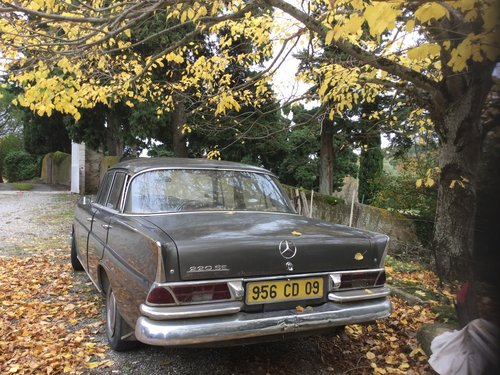 1964 Mercedes 220se fintail diesel REDUCED For Sale (picture 4 of 6)