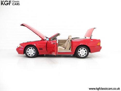 1992 A Desirable Mercedes-Benz 300SL-24 R129 SOLD (picture 3 of 6)