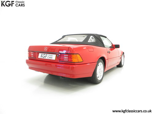1992 A Desirable Mercedes-Benz 300SL-24 R129 SOLD (picture 5 of 6)