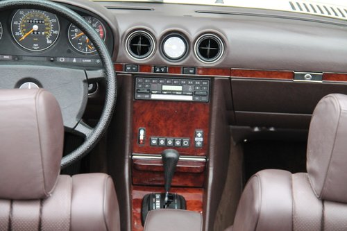 1984 MERCEDES-BENZ 380 SL | STOCK #2038 For Sale (picture 3 of 6)