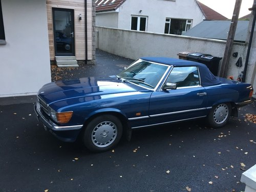 1989 Mercedes SL300 Convertible Automatic For Sale (picture 2 of 5)