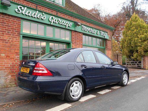 2002 Mercedes-Benz C200 Classic manual  SOLD (picture 3 of 4)